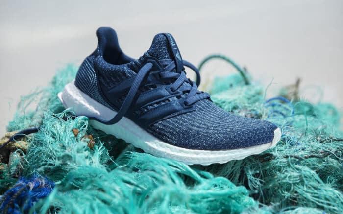 Daqui a 5 anos, as sapatilhas da Adidas serão feitas com 100